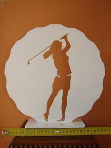4g7s6-golfeuse_dans_sa_balle